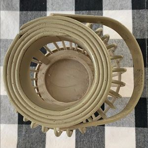 Accents - Wooden decor candle holder in neutral grey color